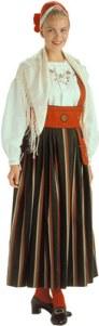 Orimattilan naisen kansallispuku. Kuvan lähde: www.kansallispuvut.fi