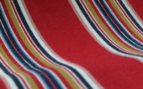 Etelä-Pohjanmaan naisen kansallispuku, käsinkudottu parkkumi, flammu,