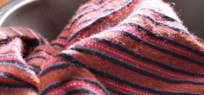 Etelä-Savon naisen kansallispuku, käsinkudottu hamekangas